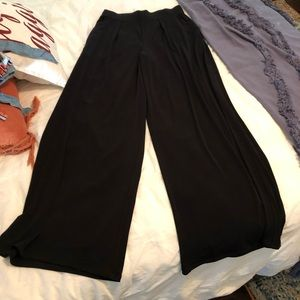 Express S wide leg pleated front pants.